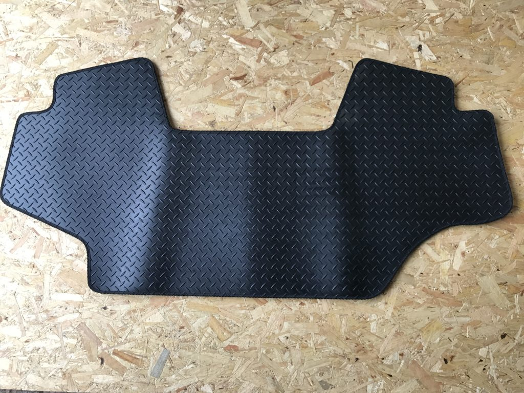 Rubber Floor Mat To Fit John Deere 10 20 30 Series Rfm 002